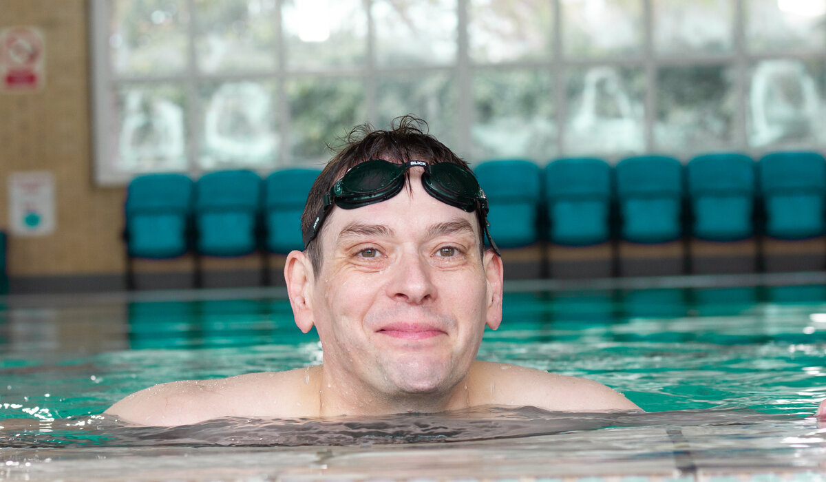 Glen has taken on a swimming challenge for World Autisum Awareness Week.  By swimming 7k across the week Glen is fundraising but also raising awareness of austism and helping to create a better society for people with autism.  Glen was diagnosed with autism later in life and struggled social situations this lead to him having difficulties in holding down a job for a period of time.